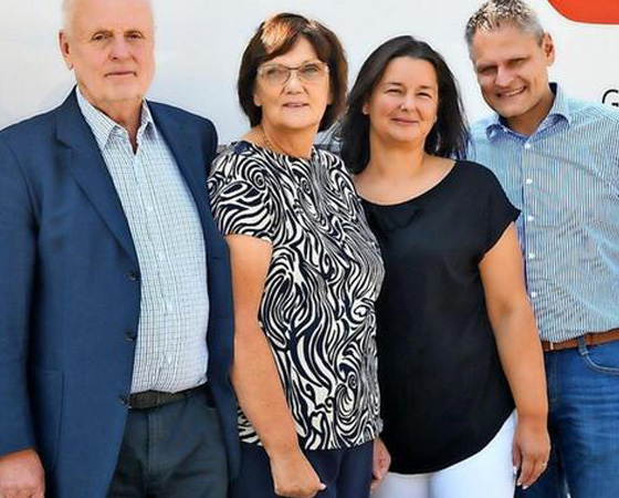 Dynamische Familie: Bernd Engst, Adelheid Engst, Annette Sprößig und Uwe Sprößig (von links).